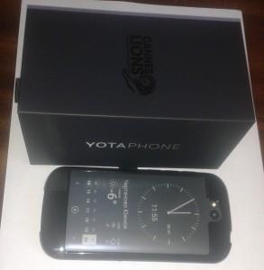 yotaphone 2 и упаковка